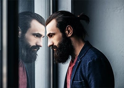 6 Best Beard Growth Products for Men For A Thicker Beard